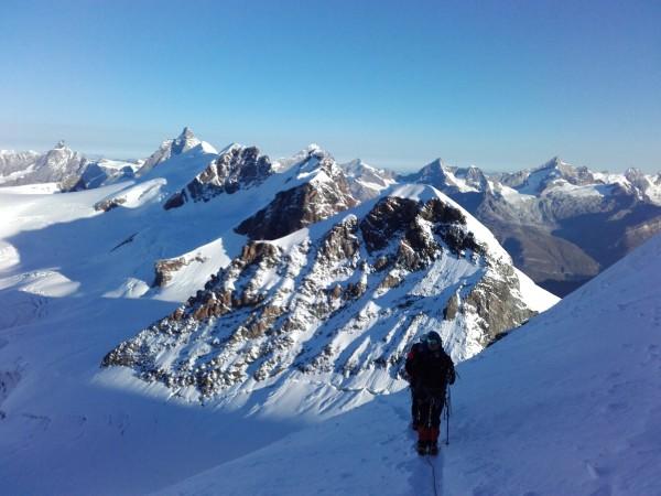Traversée du castor dans le massif du Mont Rose.