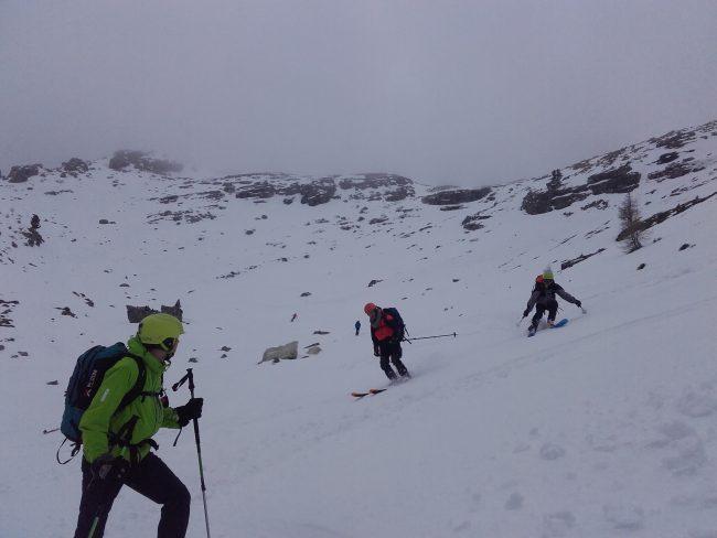 Descente à ski du Setsas dans les dolomites.