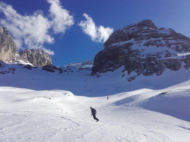 La fin de la descente de la Marmolade en ski.