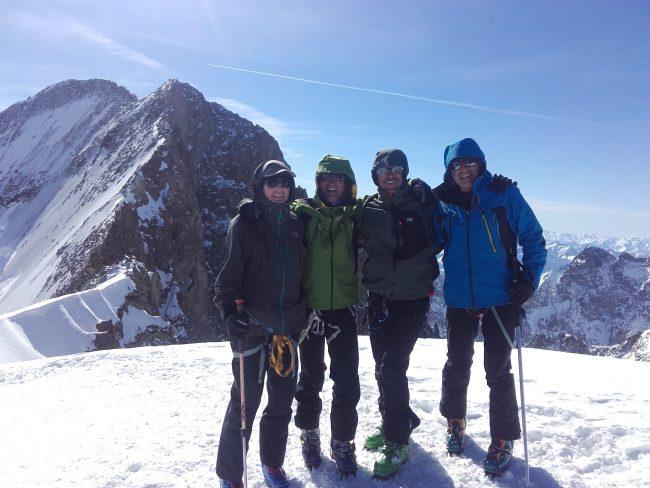 Le sommet du Dôme en ski de rando.