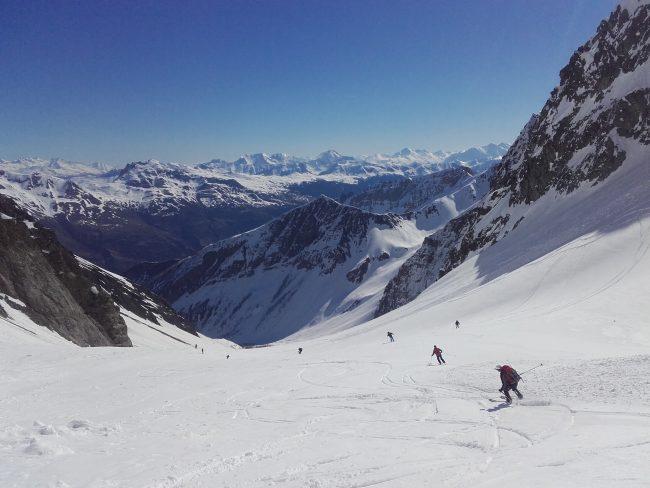 La descente en ski du Vallon du Grand Tabuc.