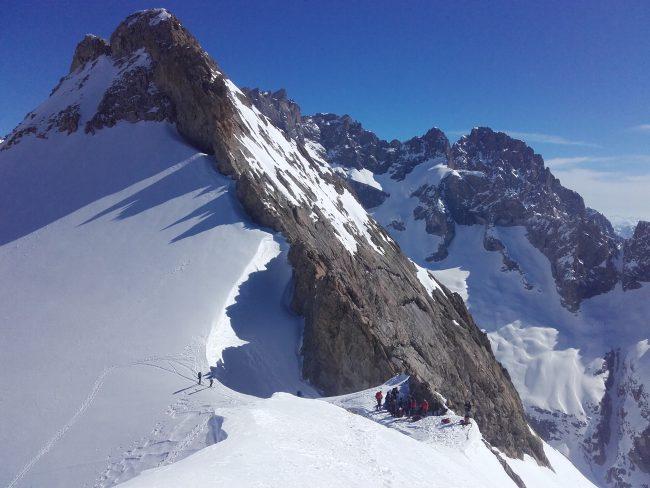 Un casse croute au col du replat en ski.