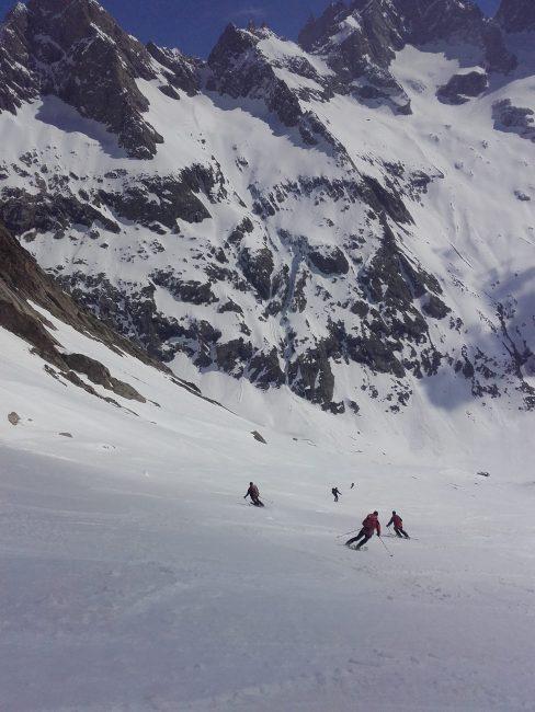 La descente en ski du col du Replat côté Etançon.
