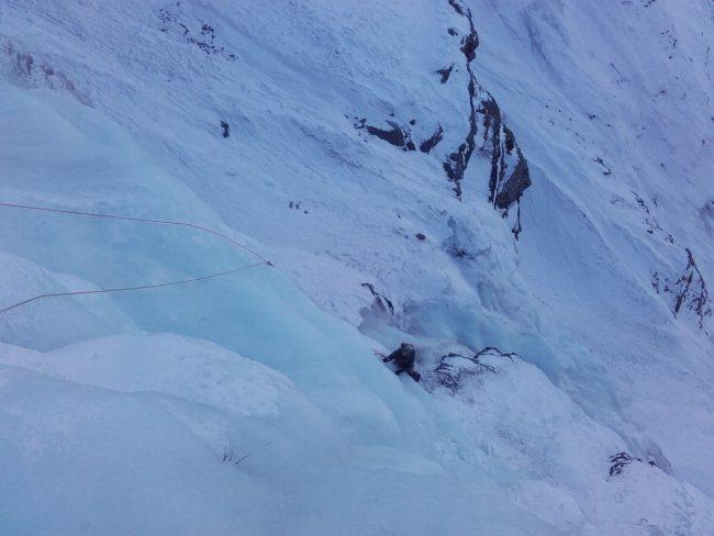 Cascacde de glace du nain des ravines au vallon du fournel.