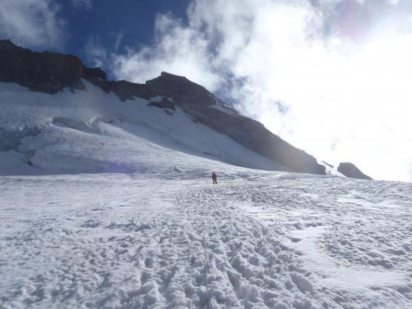 Alpinisme au doigt de Dieu.