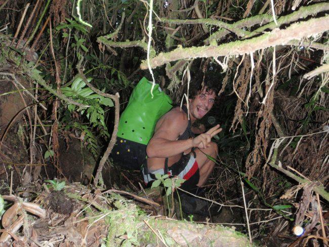 Approche du canyon de la Citerne en Guadeloupe.
