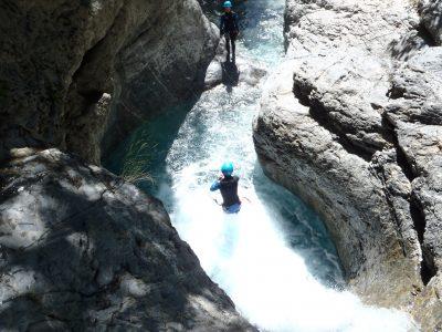 Canyon du Fournel avec un guide à l'Argentière la Bessée.