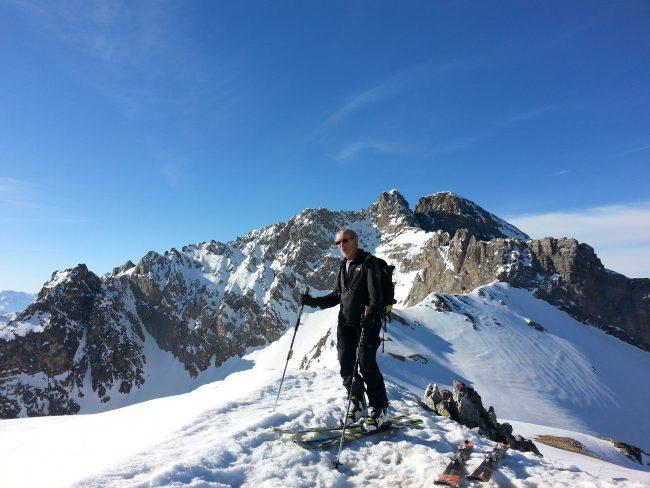 Bric Boscasso en ski de randonnée dans le Val Maira.