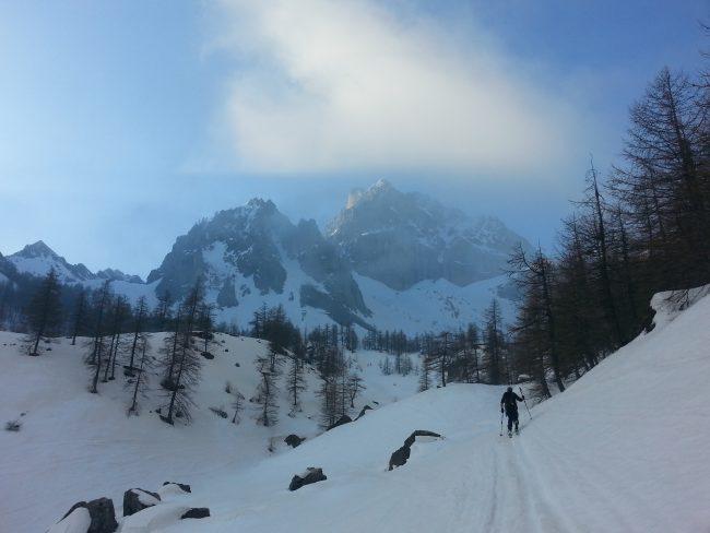 Ski de randonnée dans le Val Maira avec un guide.