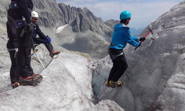 Exercice école de glace au glacier blanc.