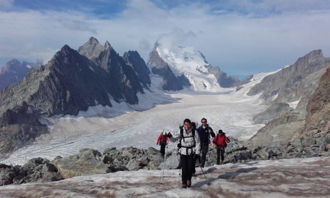 Montée au pic du glacier d'Arsine.