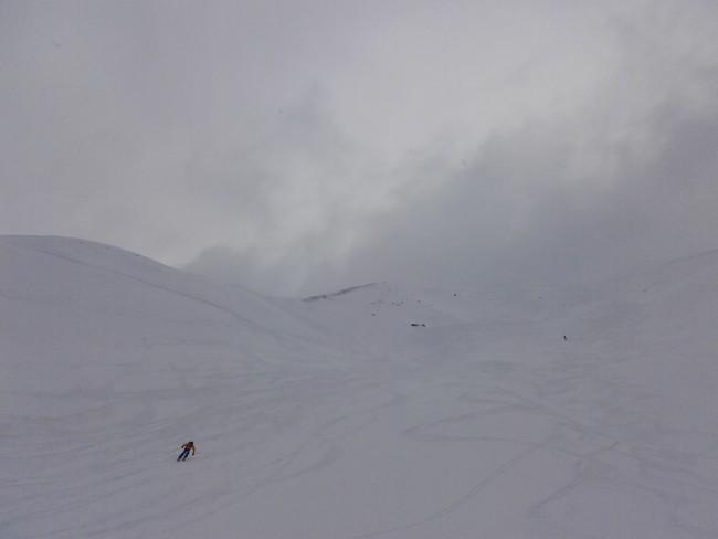 Ski dans le vallon des Corneilles.