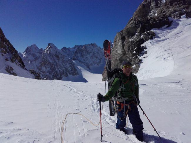 Col emile pic à ski.