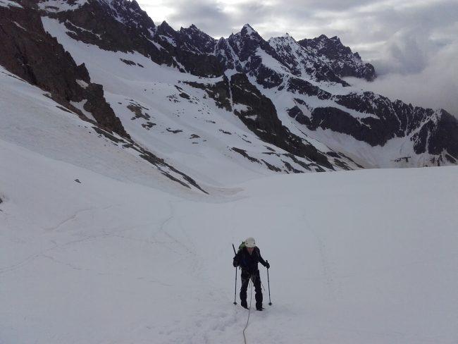 Marcel remonte le glacier Blanc