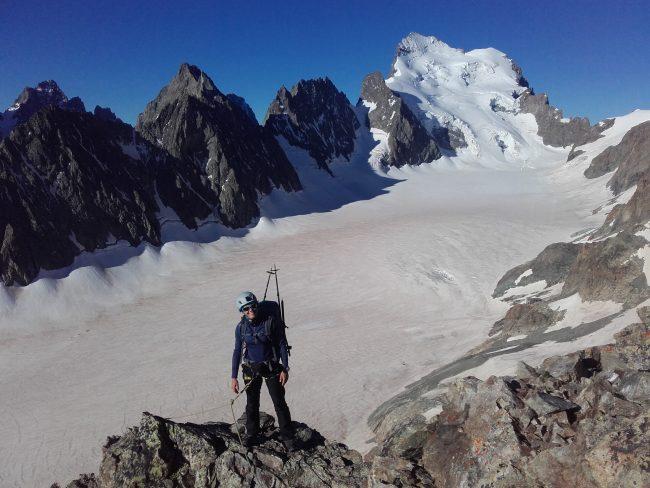 Sur l'arete sud du pic du glacier blanc.