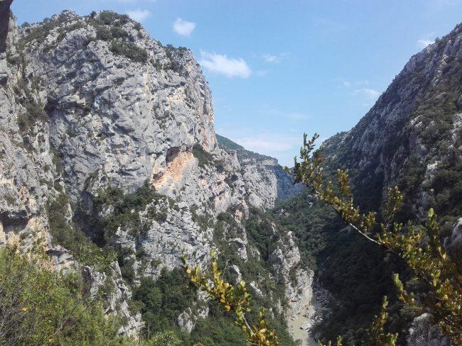 Rando et canyon dans les gorges du verdon.