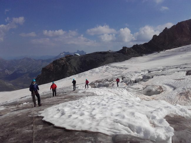 Randonnée glacaire au glacier de la Girose.