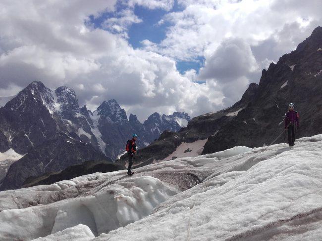 Randonnée glacaire dans les Ecrins.