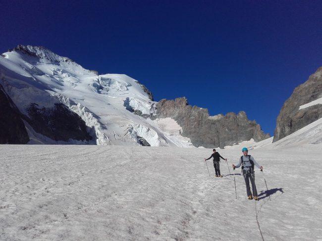Glacier Blanc et la Barre des Ecrins.