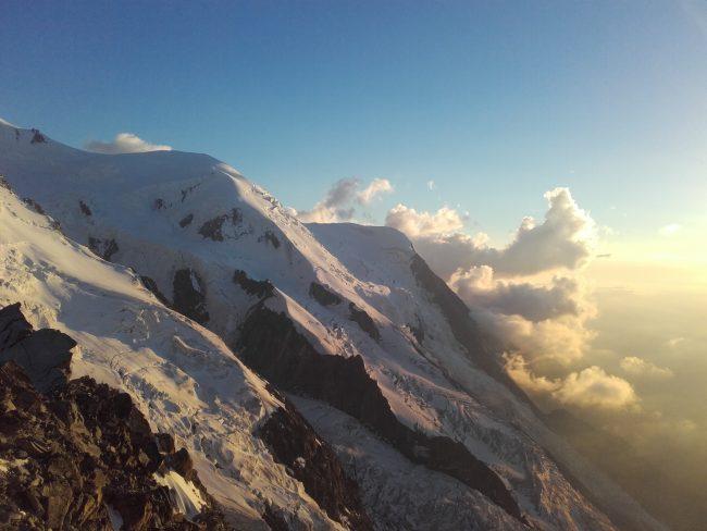 Le Dôme et l'aiguille du Goûter avec les glaciers des Bossons et de Taconnaz.