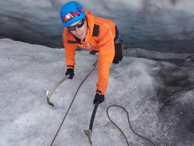Remontée de crevasse du glacier du Tour.