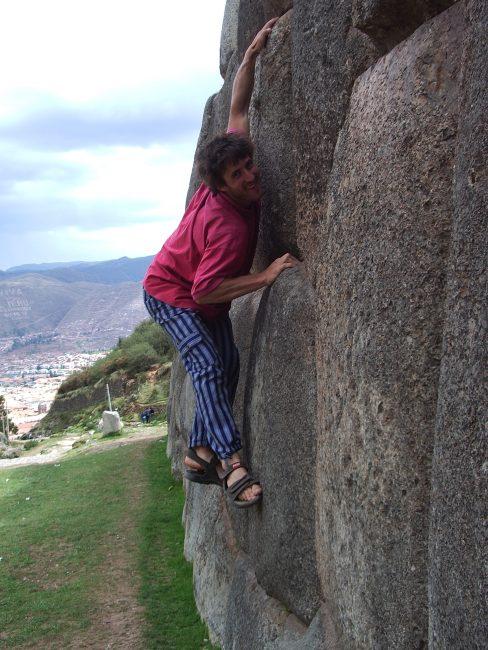 Escalade à Sacsayhuamán au Pérou.