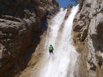 Rappel dans le canyon de Pra Reboul.