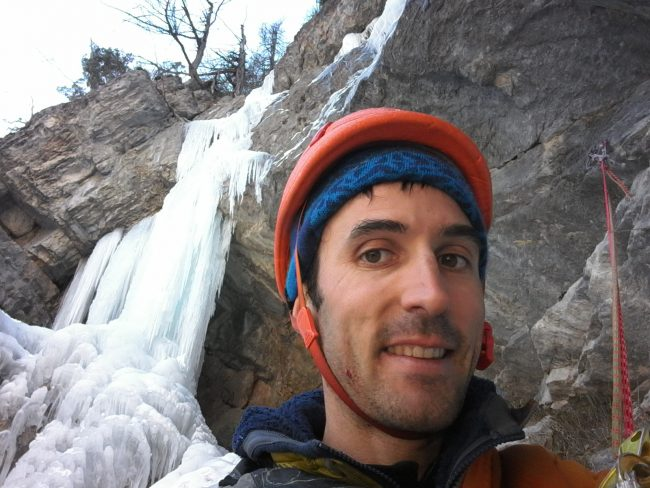 Julien Loste dans la cascade d'hiroshima au Fournel.