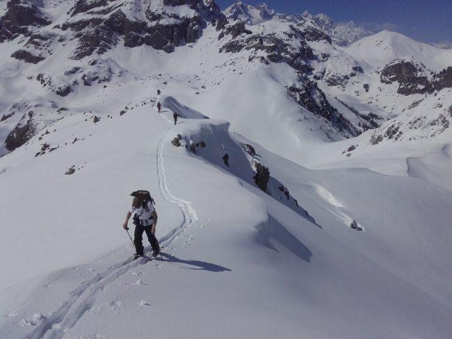 Ski de randonnée à la Croix d'Aquila vers Briançon.