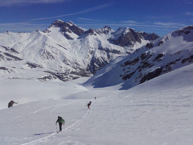 Ski de randonnée dans la combe de Laurichard.