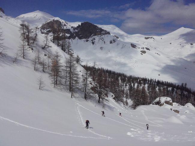 Montée en ski de rando au colde la Trancoulette.