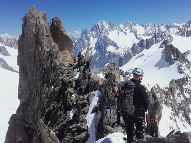 Mini stage d'alpinisme dans le massif du Mont Blanc à Chamonix.