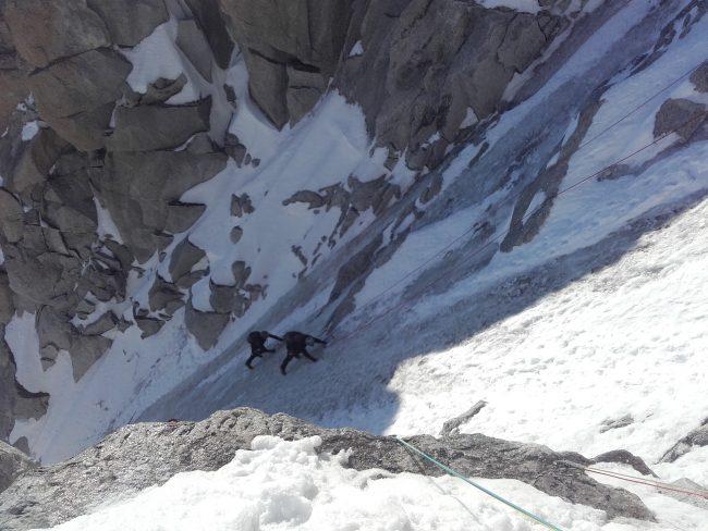 Alpinisme à la face nord de la tour ronde.