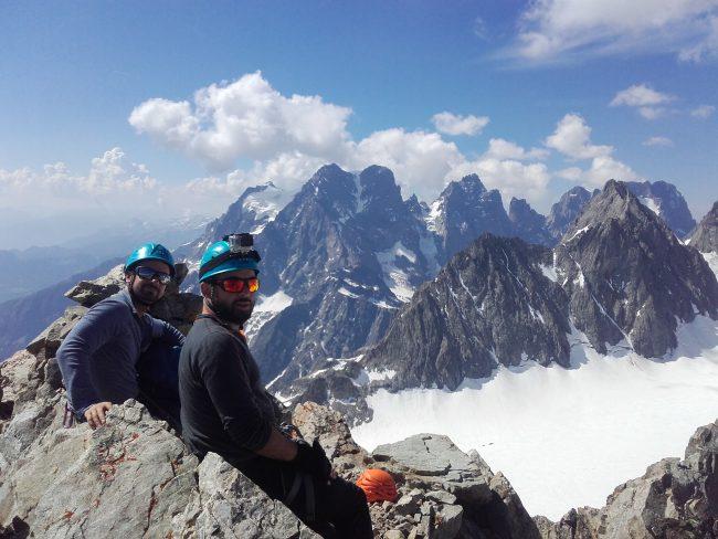 Petite pause au pic du Glacier Blanc.