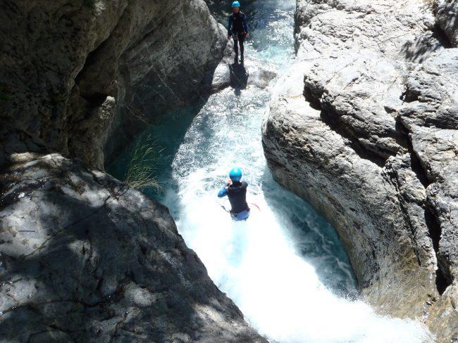 Le premier saut du canyon du Fournel à l'Argentière la Bessée.