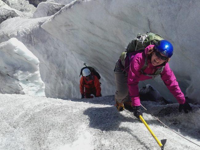 La remontée du glacier Blanc avec un guide de haute montagne.