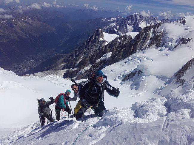 L'arête de bosses au Mont Blanc.