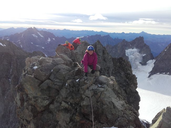 On arrive bientôt au sommet de la Roche Faurio.