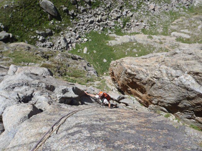 Le début de la reprise aux flammes de pierre dans le massif du Mont Blanc.