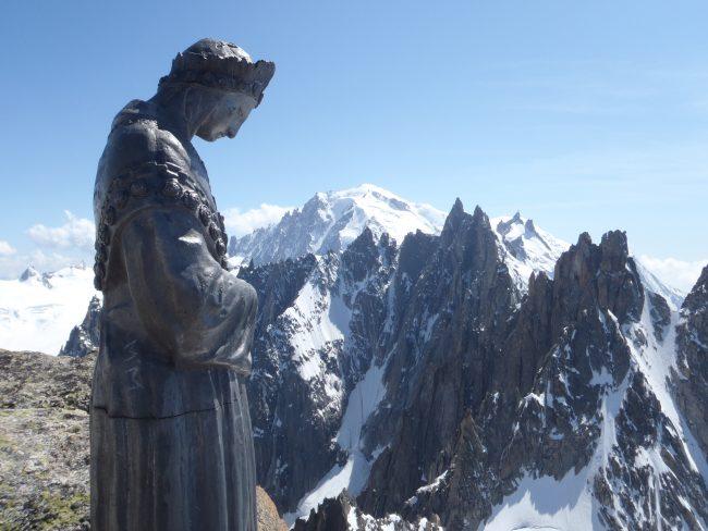 La vierge du sommet du Grépon.
