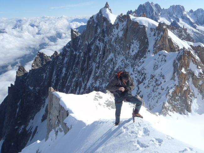 La traversée de Midi-Plan dans le massif du Mont Blanc