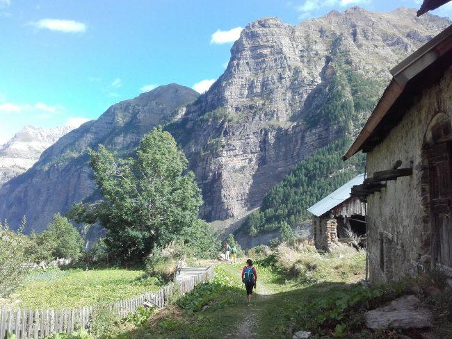 Rando au village de Dormillouse.