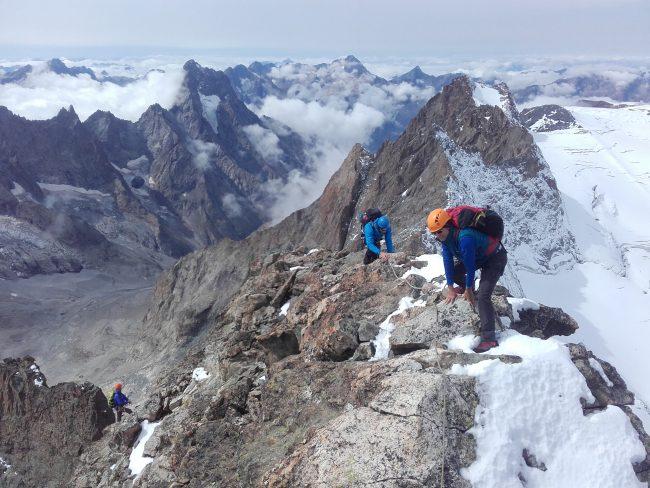 Ascension du rateau ouest avec un guide de haute montagne en 2017.