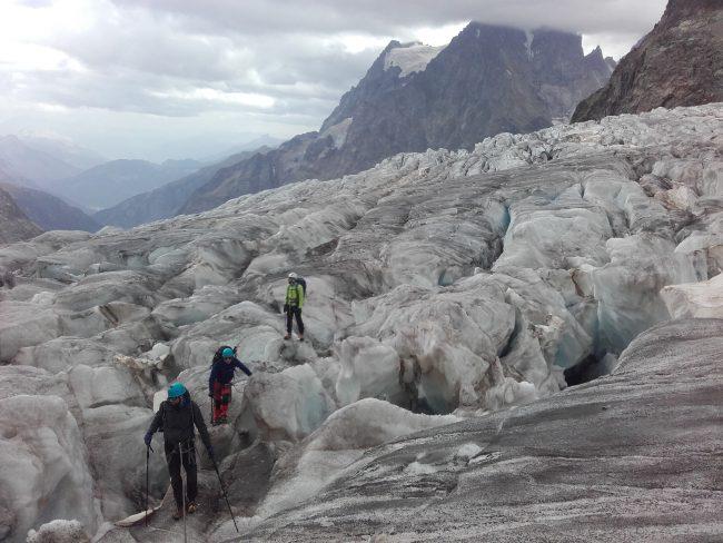 Le glacier Blanc est tout sec fin août 2017.