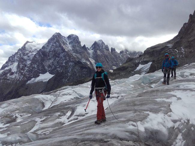Ballade contemplative sur le glacier blanc.