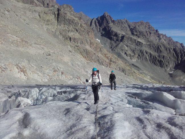 Ecole de glace en octobre dur le glacier Blanc.