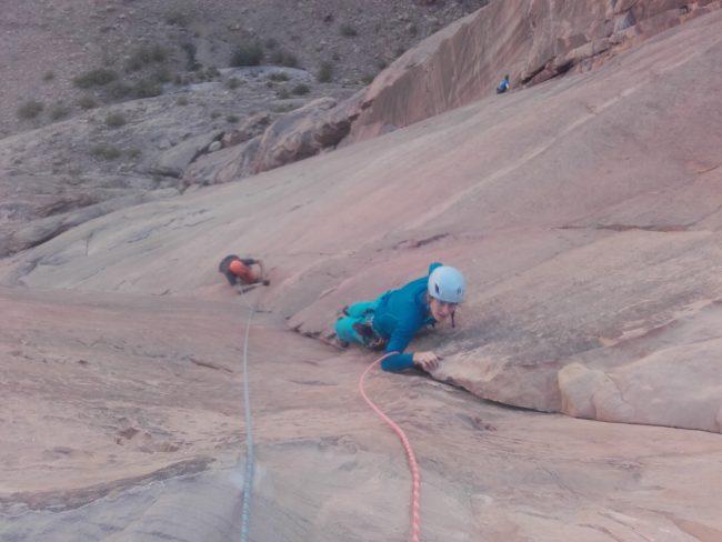 Escalade dans Inferno à Wadi Rum.