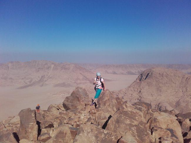 L'arrivée au sommet du Jebel Burdah à Wadi Rum.