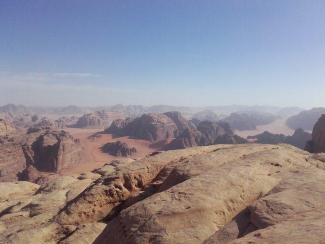 Trop belle vue du sommet du Jebel um Ejil.
