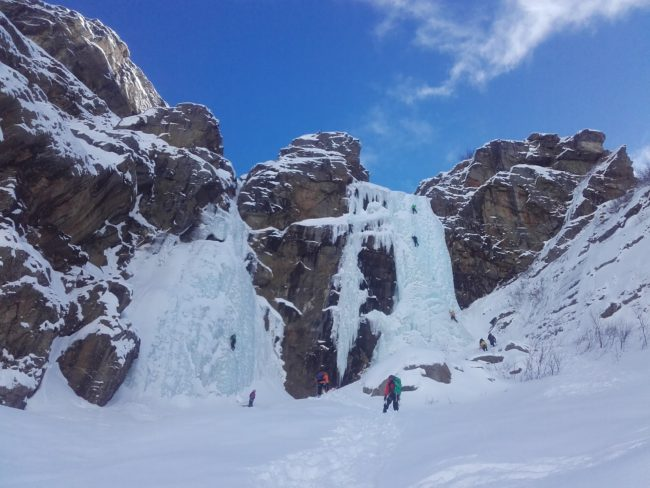 Stage cascade de glace 3 jours à Cogne en Italie.